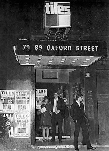 london nightclub frequented by Ray