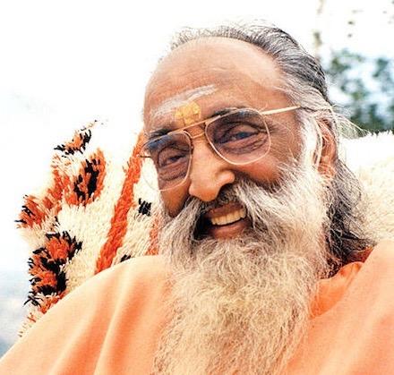 advaita Swami Chinmayananda