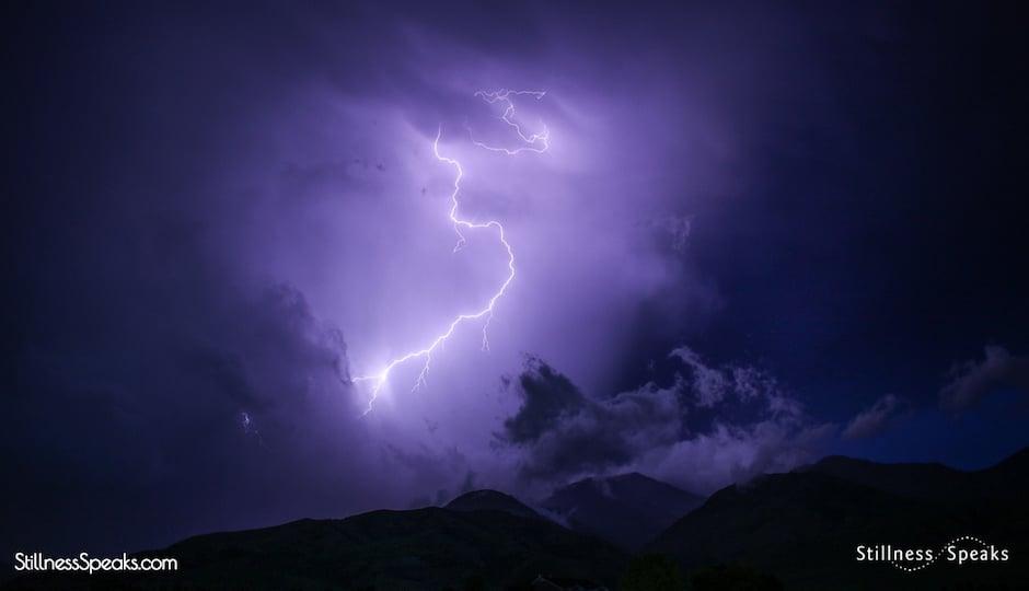 Buddha lightning life